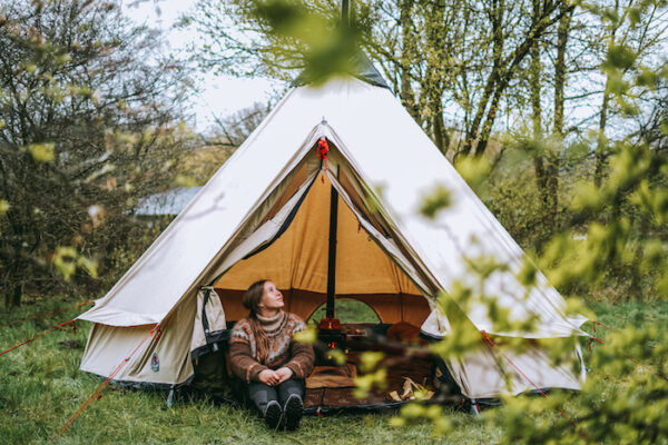 Tipi telt med brændeovn